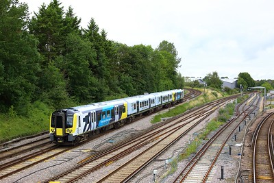 450067 working 2J15 0934 Farnham to Guildford arriving at Guildford on 20 August 2021  Class450, SWR, NorthDownsLine, KeyWorkers