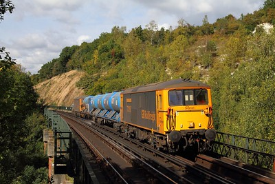 73119 tnt 73213 on the 3W90 0329 Tonbridge west yard circular via Seaford, Brighton, Willesden, Tulse Hill, Uckfield and Horsham at Riddlesdown viaduct on the 10th October 2016 going towards EG 2