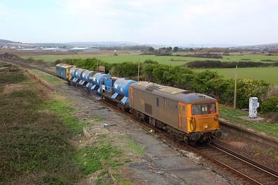 73109 leading 73201 working 3W91 Tonbridge west yard circular via Seaford at Bishopstone Halt, Tide Mills on 6 November 2020