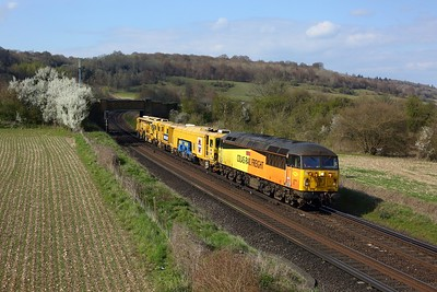 56302 hauling DR73110 and DR77908 6Z58 1015 Guide Bridge to Dollands Moor at Polhill on 16 April 2021  Class56, SouthEasternMainline, ColasRail