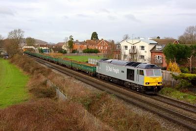 60029 powering 6X61 1011 Willesden Sidings to Eastleigh East yard at Chertsey on 5 January 2020  Class60, DCRail, Chertseyloop