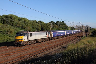 90047 on the 1M16 Inverness to London Euston at Old Linslade on the 4th July 2016
