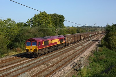 66127 powering the 6M45 Dollands Moor to Daventry at Chelmscote on 20 September 2020