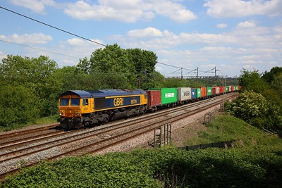 66724 works the 4M23 Felixstowe to Hams Hall at Chelmscote on WCML on 1 June 2020  GBRf66, WCML