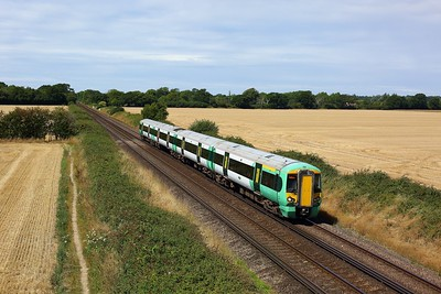 377418 working the 1S19 1129 Portsmouth Harbour to Brighton approaching Southbourne on 4 August 2020  Class377, Southern, WestCoastway
