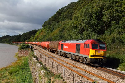 60079 on the 6B13 Robeston to Westerleigh at Gatcombe on the 18th September 2012