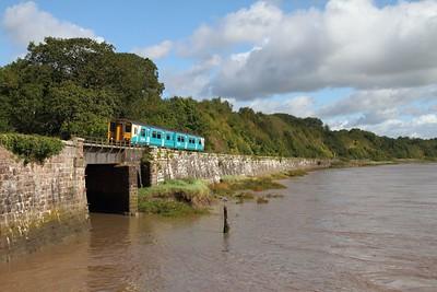 150227 2L53 Cheltenham Spa to Maesteg at Purton on the 18th September 2012