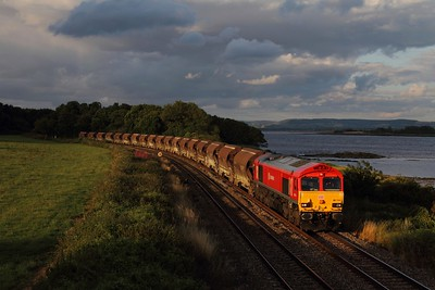 66114 on the 6V69 TO Bescot to Newport A D j china clays at Purton on the 28th July 2015