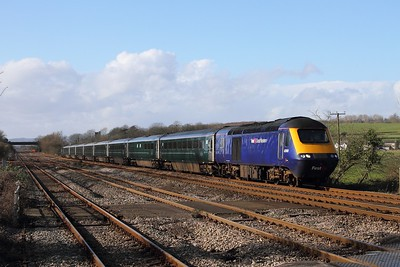 43168+43188 on the 1L60 1255 Cardiff Central to Paddington at Bishton on the 9th February 2016