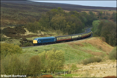 44004 rounds the curve at Fen Bog on 24/04/2004 whilst in charge of the 1050 Grosmont-Pickering service.
