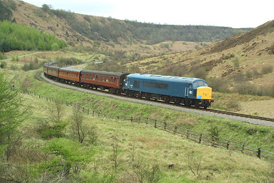 45133 heads south through Newtondale in charge of the 1550 Grosmont-Pickering service on 23/04/2004.