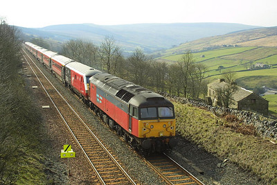 47782 approaches Garsdale on 23/03/2002 whilst working 1S55 0710 London Euston-Glasgow Central.