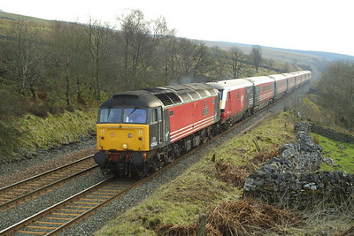 47848 approaches Garsdale with 1S57 0930 London Euston-Glasgow Central on 23/03/2002.