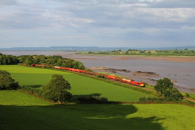 60019 on the 6B47 Westerleigh to Margam empty murco bogie tanks at Purton on the 5th July 2014