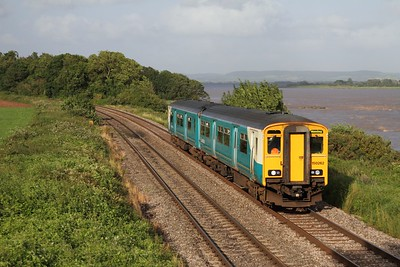 150262 on the 2L67 1745 Cheltenham to Maesteg at Purton on the 15th August 2012