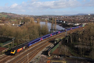 43172+43192 on the 1B20 0945 Paddington to Swansea at Newport on the 9th February 2016