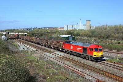 60054 tnt 60011 on 6B02 Trostre to Margam departing Trostre at Llandeilo junction on 2 April 2021  Class60, DB, WestWalesline