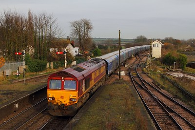 66148 on the 6H33 1245 Immingham to Drax at Barnetby on the 24th November 2014