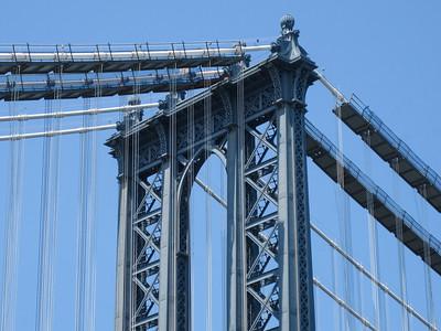 Manhattan Bridge, girdered and suspended.