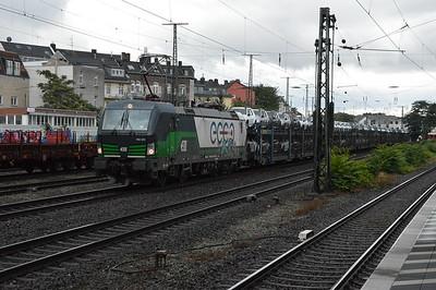 EccoRail 193225-0 passes Cologne West 18/9/17