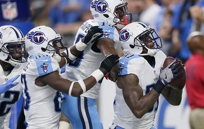 Titans Lions Football