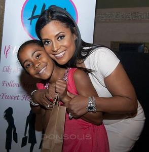 Lisa Nicole Cloud and daughter Photo Credit: Oscar Garifuna Barack Solis