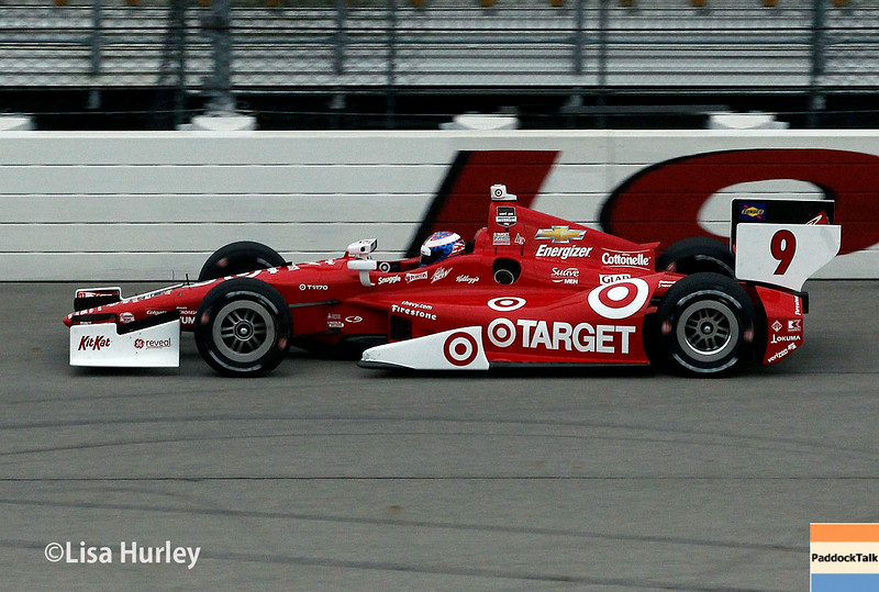 Scott Dixon won the Pole for the Iowa IndyCar race.