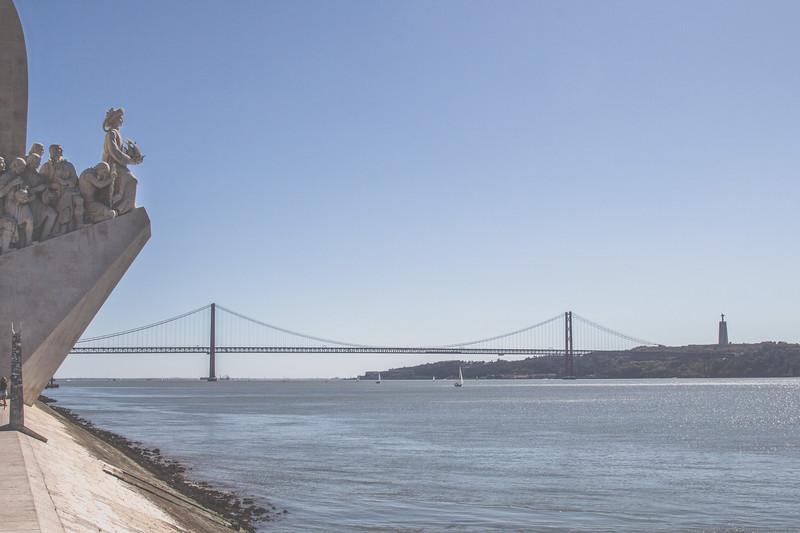Monumento a los Descubrimientos y Puente 25 de Abril