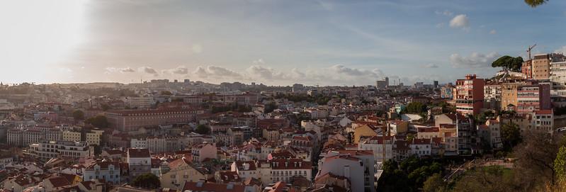 Vistas de Lisboa desde el miradouro Sophia de Mello Breyner