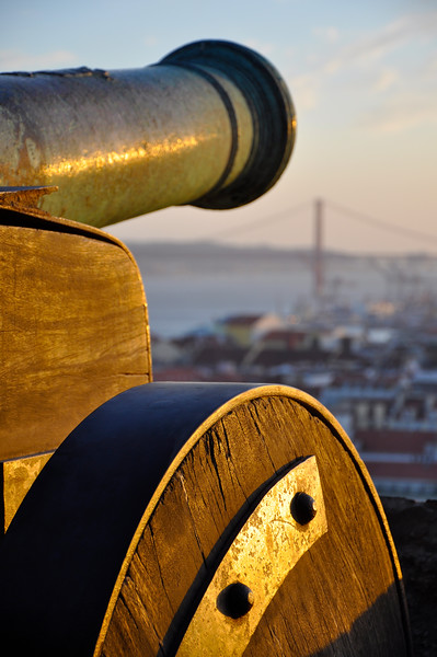 Cannon at Sunset at the Castelo de São Jorge. 2010.