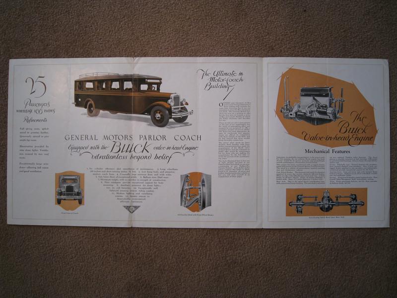 Canadian GM Parlor Coach brochure - inside spread