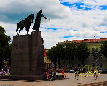 Gedeminas, horse and iron wolf watch over Katedra Square.