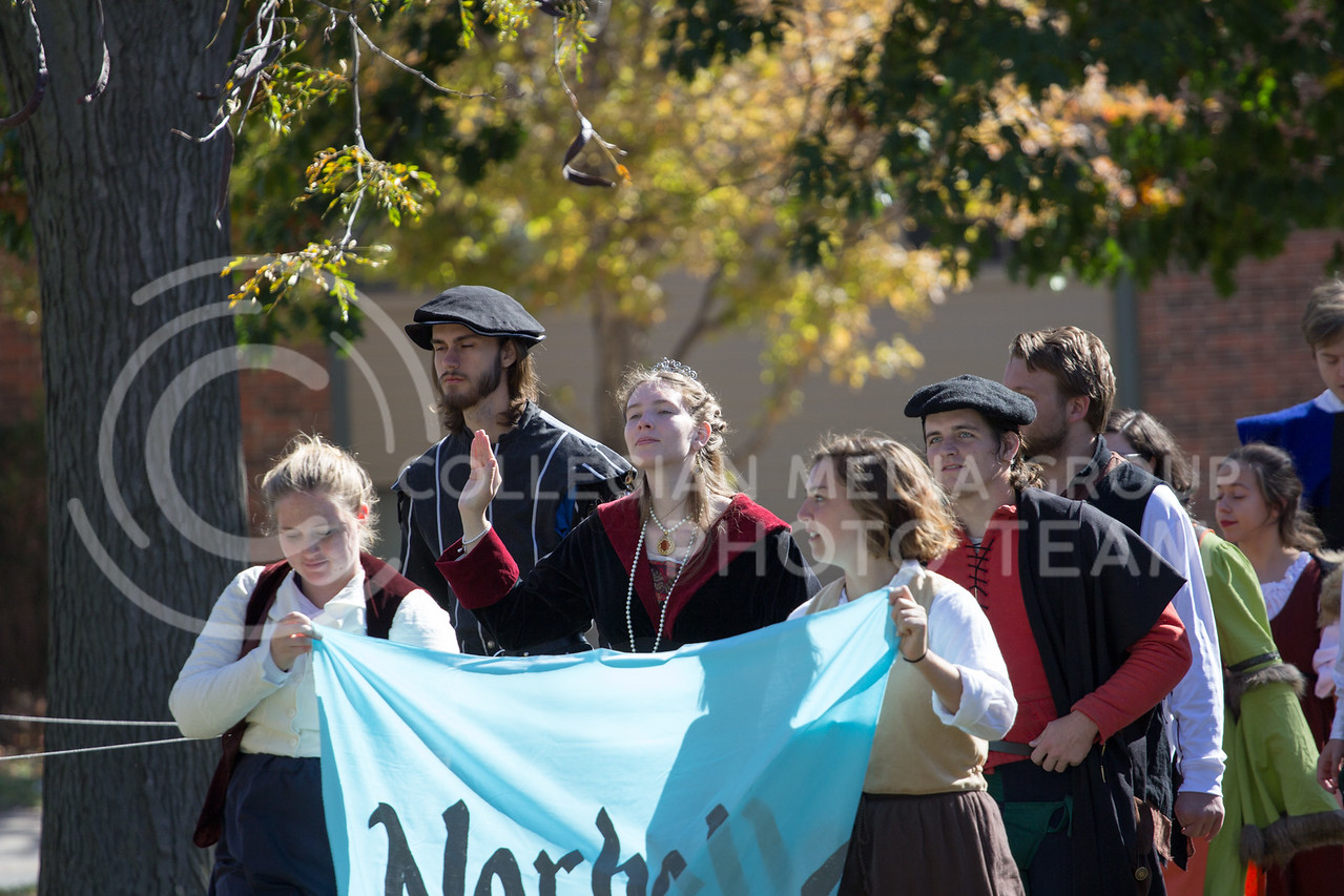 The Royal court holds a parade through the fair at the Little Apple Renaissance Fair on the 29th October, 2017 (Alex Shaw | Collegian Media Group)