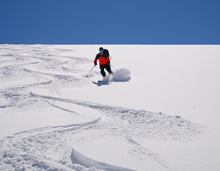Great dry powder on the sheltered north and east aspects.