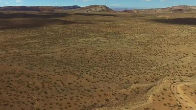 2 Devil s Throat in its desert