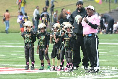 10-19-2013 Montgomery Village Sports Association vs LLRA Tiny Mites Little League Football, Photos by Jeffrey Vogt
