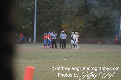 10-17-2015 Montgomery Village Sports Association Chiefs PeeWee vs Westlake Bulldogs, Photos by Jeffrey Vogt, MoCoDaily