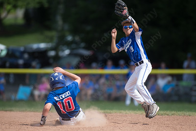 Wallingford Little League 9/10 Saturday during the sectional finals with Burlington at Janser Field in Terryville Jul. 23, 2016 | © Justin Weekes
