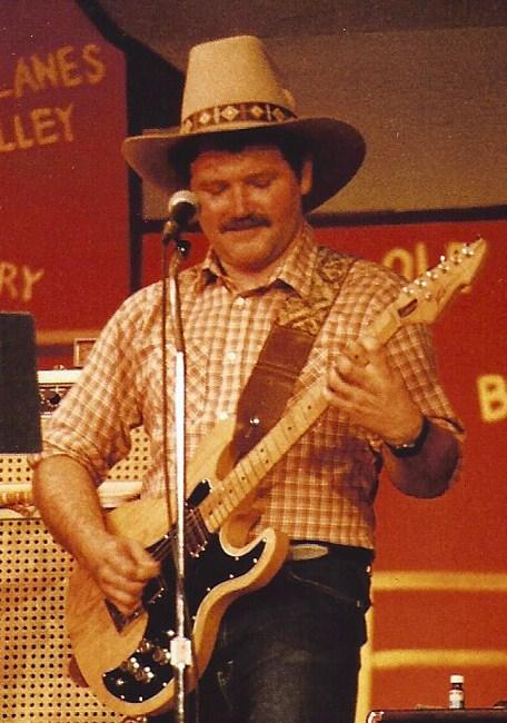 Kelly Curtis 1984