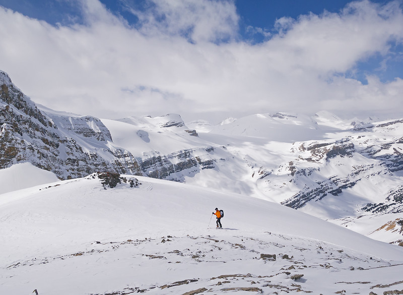 Final steps to the minor summit of Little Crowfoot at 2815 m, looking across to the Wapta Icefield.