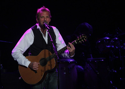 Kenny Loggins at the Westhampton Beach Performing Arts Center, 01 July 2011.
