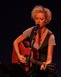 Shelby Lynne at the Westhampton Beach Performing Arts Center, 15 April 2011.