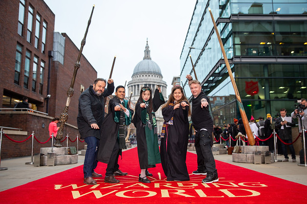 18/10/18 - FANTASTIC BEASTS Giant Wand Installation opens in London