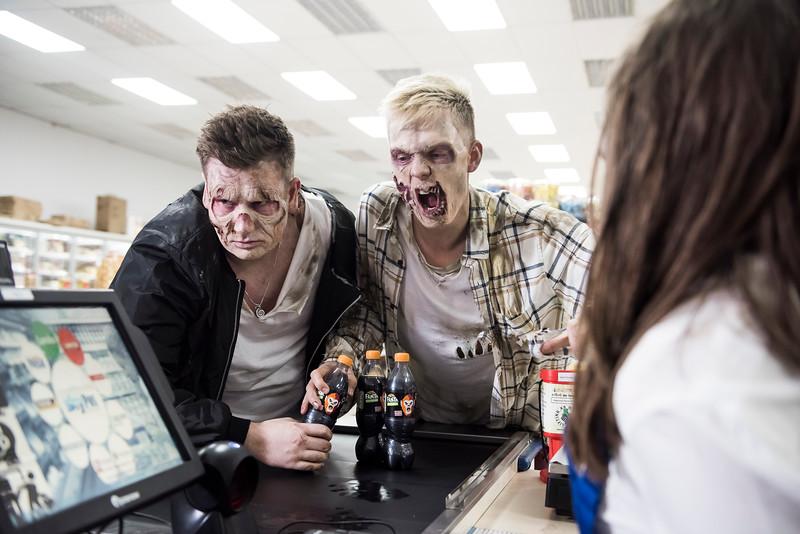 Fanta Halloween Zombie Prank