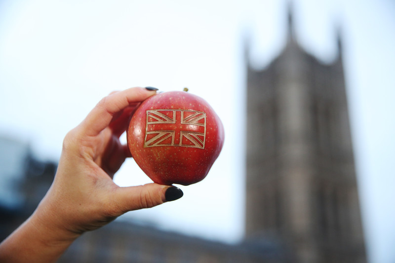 EOS - A British apple renamed for Brexit
