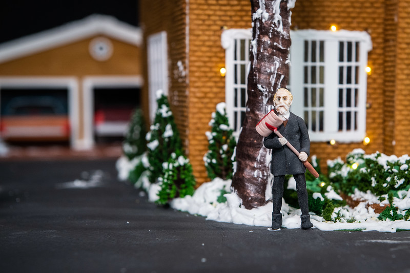 Disney+ - Home Alone Gingerbread House