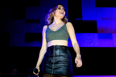 Daya Performs in Toronto