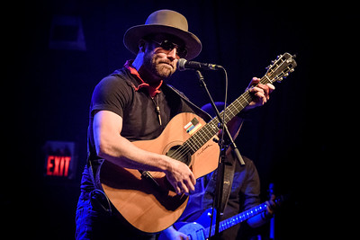 Drake White Performs in Toronto