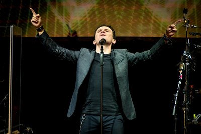 Fonseca Performs in Toronto
