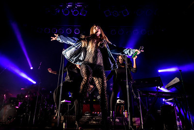 Jojo Performs in Toronto